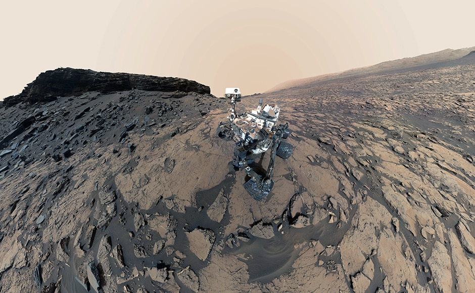 Another selfie curiosity snapped at the Murray Buttes. Image: NASA.