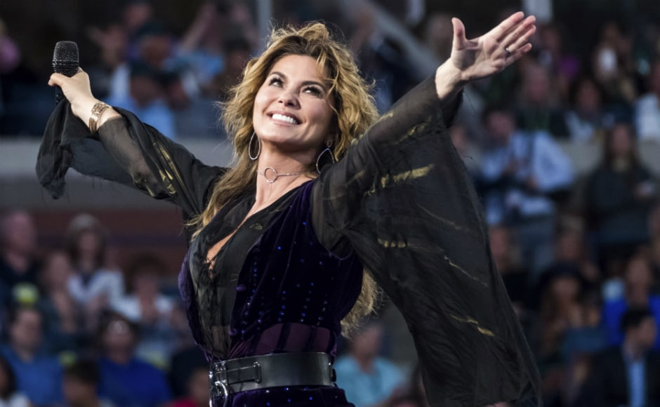 At the opening ceremonies for the 2017 US Open, singer Shania Twain warmed up the Arthur Ashe Stadium crowd with a medley of her hits. Twain and her bandmates pranced across a tennis racket-shaped stage that was set up on one of the baselines of the stadium court. AP