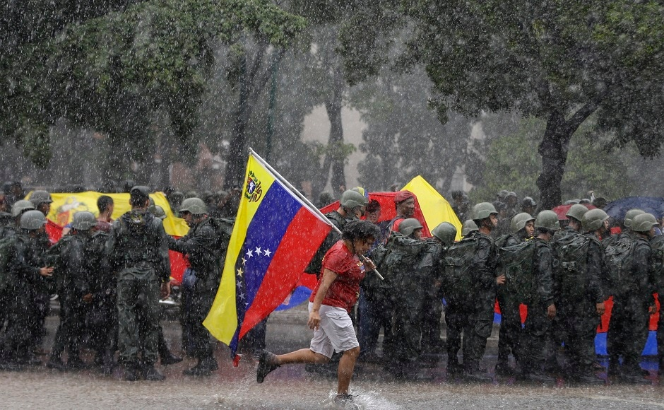 Venezuela holds military drills after United States threat