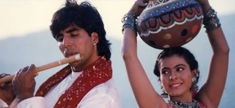 Akshay Kumar with Kajol in Yeh Dillagi. YouTubescreenrab