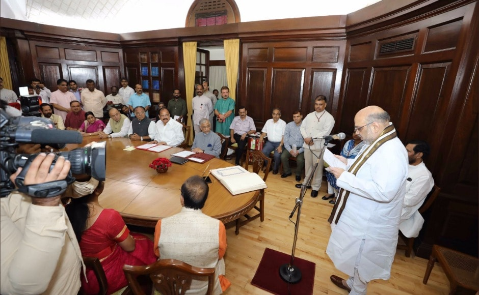 At the swearing-in, they were accompanied by parliamentary affairs minister Ananth Kumar, finance minister Arun Jaitley and law minister Ravi Shankar Prasad along with others. While Shah took his pledge in Hindi, Irani took hers in Sanskrit. Twitter @Amit Shah