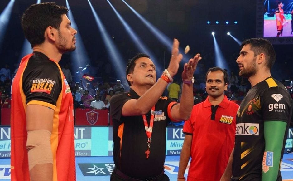 In the second match of the day, it was a battle between two of the biggest stars of PKL as the Rohit Kumar-led Bengaluru Bulls took on the Rahul Chaudhari-led Telugu Titans with both teams looking to get back to winning ways. Image courtesy: PKL