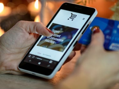 E-commerce Cloud: Why startups must innovate online storefronts to woo shoppers