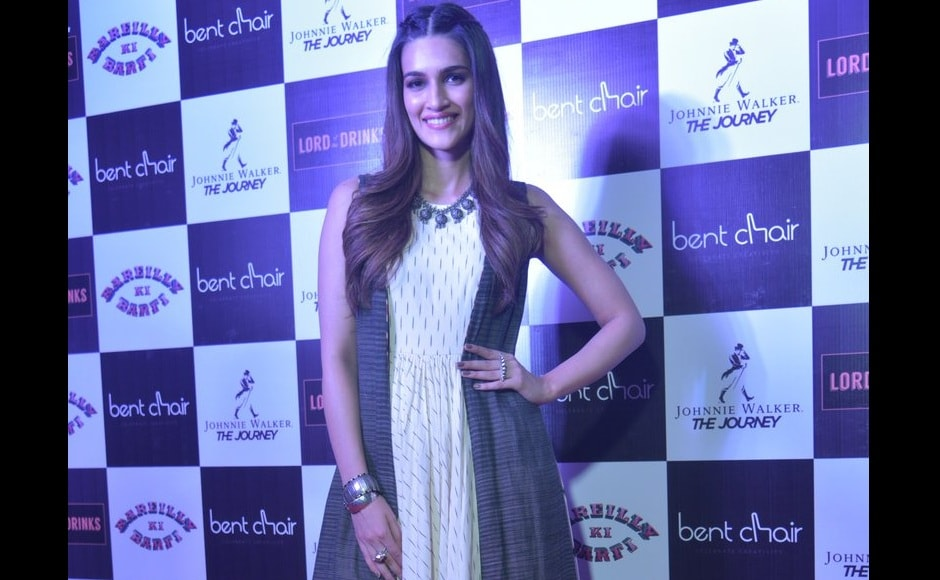 Kriti Sanon made for a pretty picture in an Indian attire at the event.