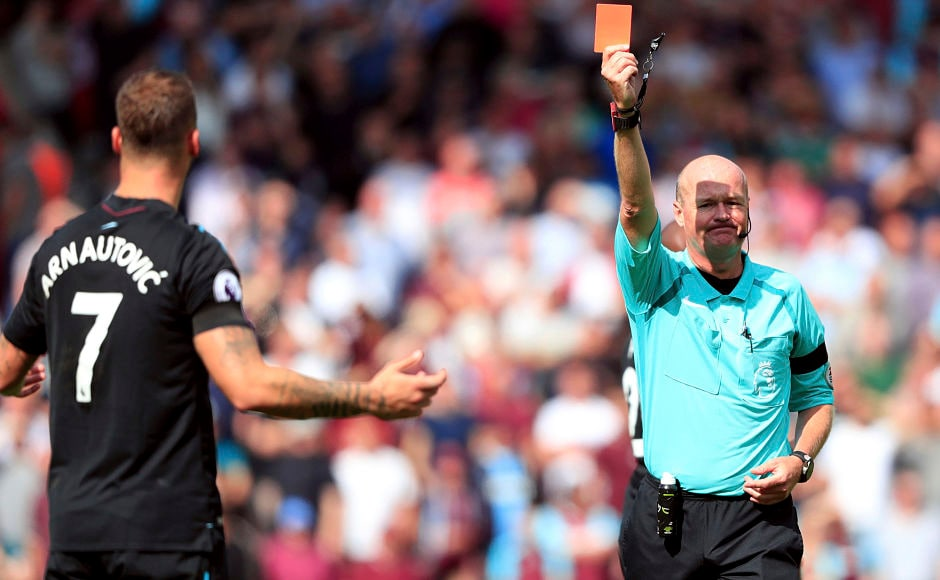 Referee Lee Mason, showed the red card to West Ham United's Marko Arnautovic against Southampton. The decision hurt them as they went on to lose the game in stoppage time as the game ended in controversial circumstances with Southampton's Charlie Austin scoring from the penalty spot. AP