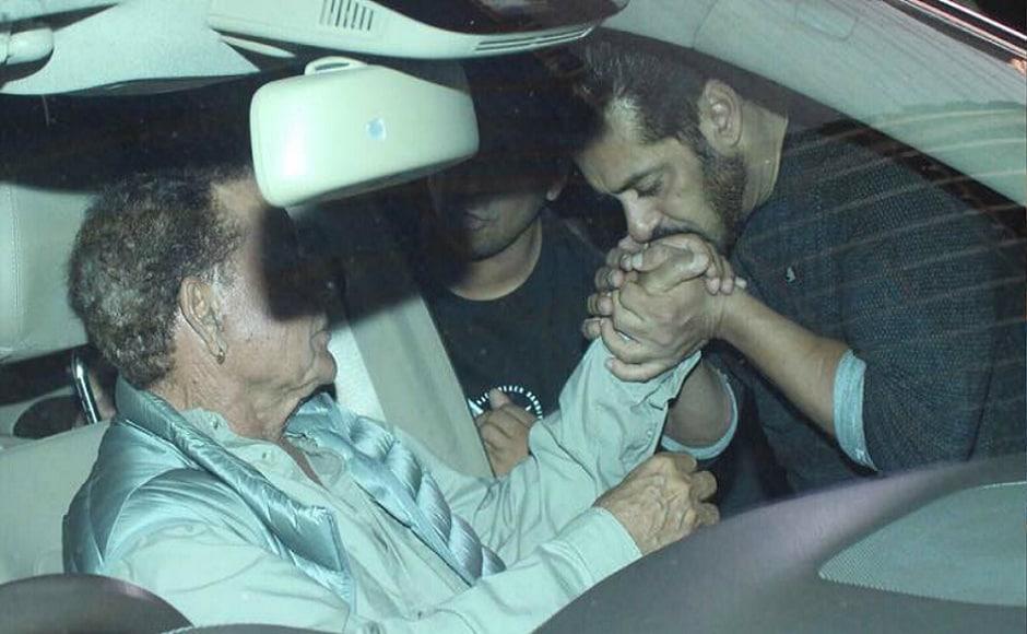 Salman Khan along with his father Salim Khan at his brother's birthday bash. Image via Viral Bhayani/Instagram.