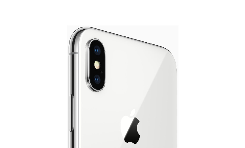 iPhone X packs a dual camera setup in a vertical alignment along the side of the device instead of the horizontal alignment in iPhone 7 Plus and iPhone 8 Plus. Image: Apple