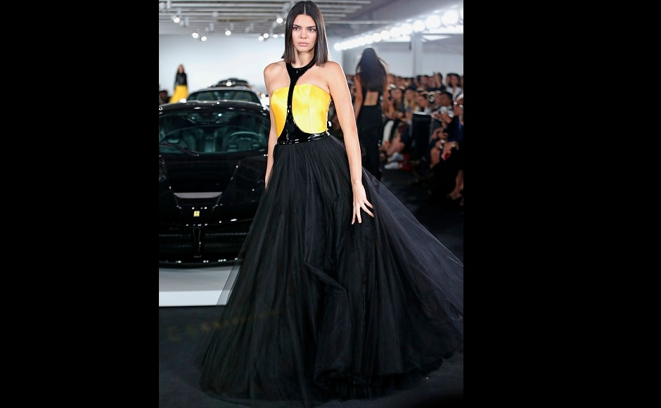 Kendall Jenner joined her gal pal Bella on the runway, too, and looked every inch of a diva. Image from AP.