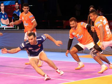 Puneri Paltan extended Dabang Delhi's woes with a close win over the hosts. PKL