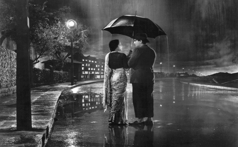 'Pyar Hua Ikrar Hua', which went down in history as one of the most loved romantic songs, was shot at RK Studios. Raj Kapoor and Nargis Dutt created a magical screen moment in this song from Shree 420.