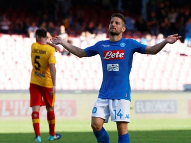 Soccer Football - Serie A - S.S.C. Napoli vs Benevento Calcio - Stadio San Paolo, Naples, Italy - September 17, 2017 Napoli's Dries Mertens celebrates scoring their sixth goal to complete his hat-trick REUTERS/Ciro De Luca - RC12D1611890