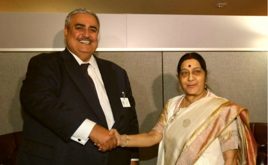 Swaraj met with foreign minister of Bahrain Khalid bin Ahmed Al Khalifa on Monday, who the external affairs ministry called an 'old friend'. Twitter@MEAIndia