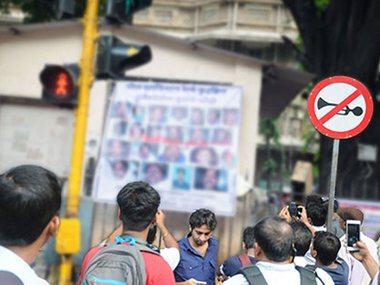 Elphinstone-Parel Bridge stampede: Did Mumbai Police use its brains before putting 'branded' victims on display?