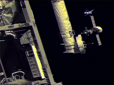 Expedition 53 arriving at the ISS. Image: NASA.