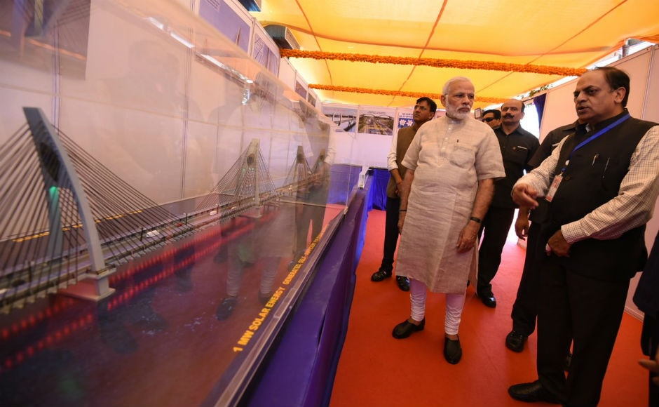 Modi visits hometown Vadnagar, visits school