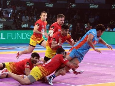 In defence, Abozar Mighani and Parvesh Bainswal scored four points apiece. Twitter/@Fortunegiants