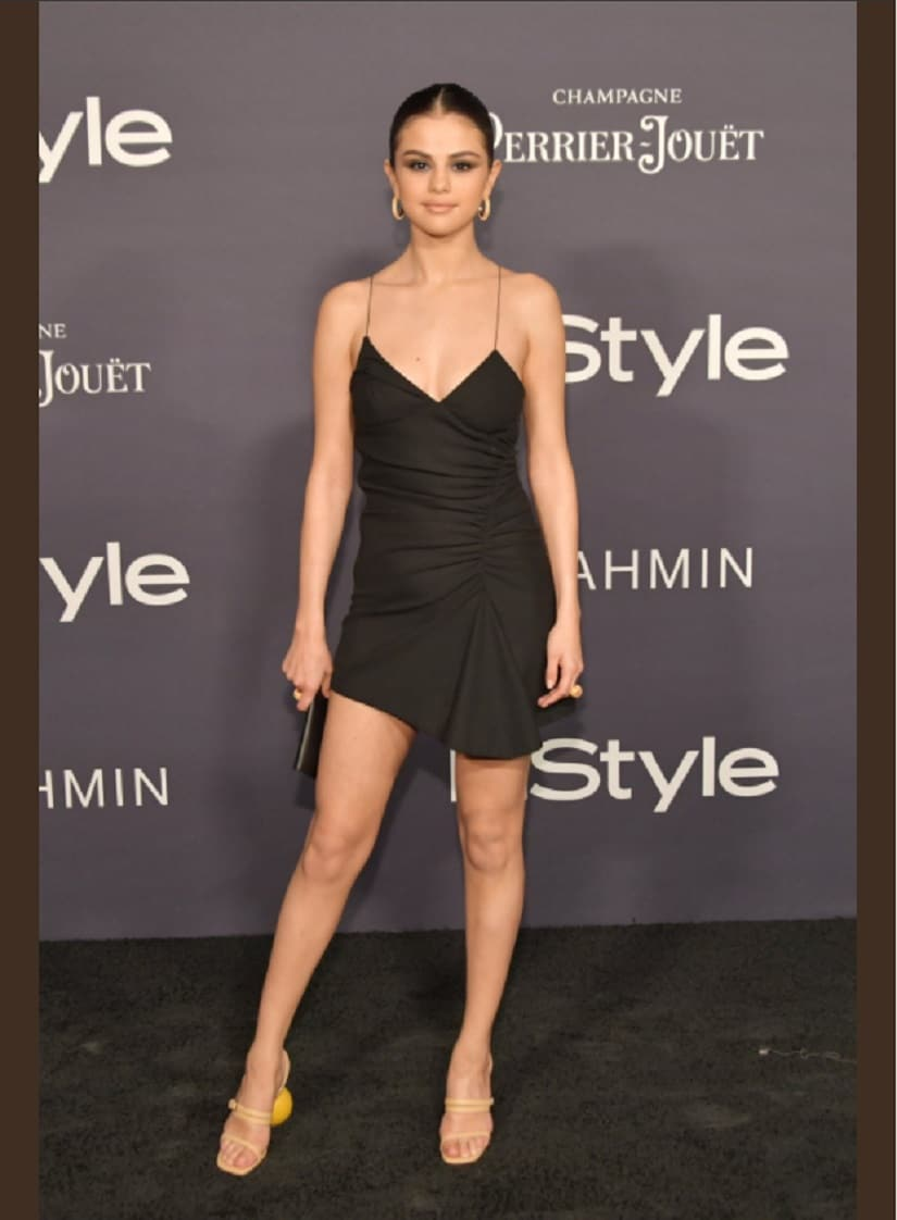 Selena Gomez at the InStyle Awards. Image from Twitter/@SGomezCandids.