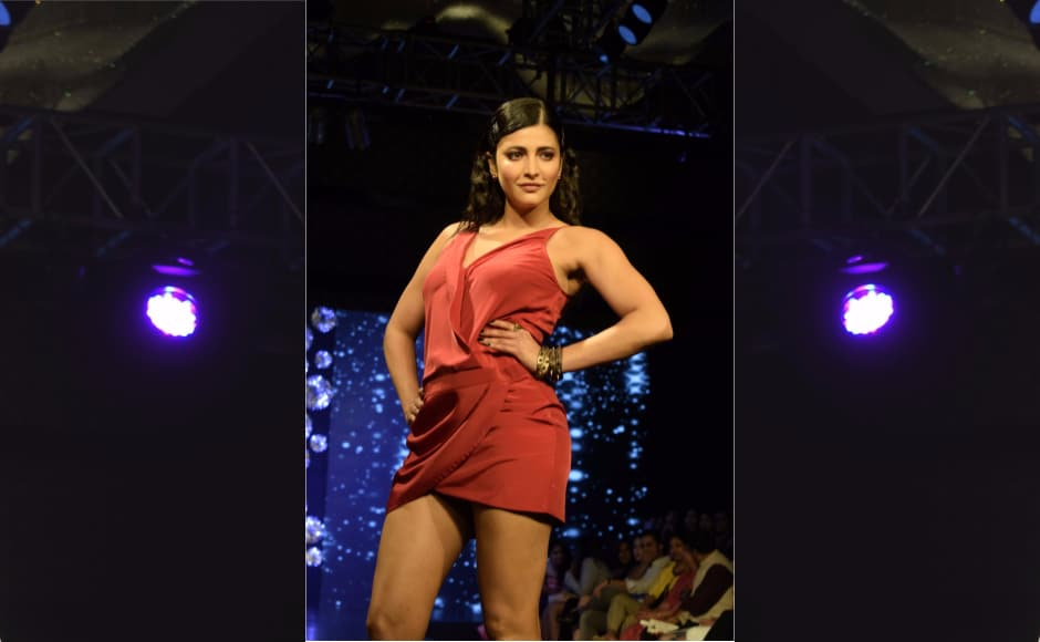 The showstopper for the launch of the Autumn/Winter '17 collection was Shruti Haasan.