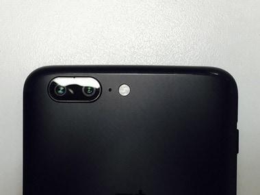 The dual camera setup on the OnePlus 5