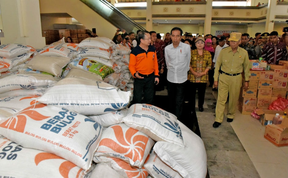 President Joko Widodo visited the temporary shelter set up for people and took stock of the situation. Reuters