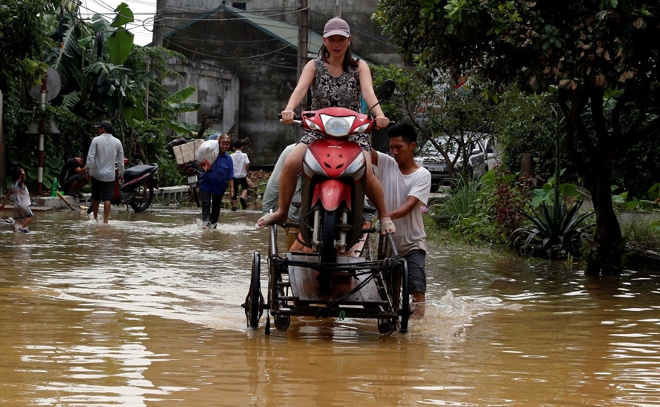 Death toll in Vietnam floods, landslides reaches 54