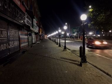 Increased incidents of braid chopping has affected routine life routine in Kashmir. Markets shut early and the streets wear a deserted look before seven in the evening. Image procured by Sameer Yasir.