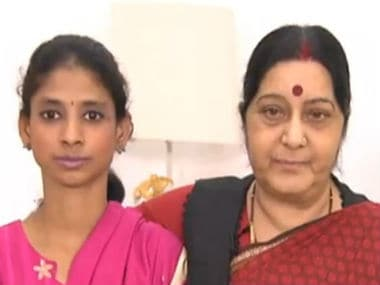 Geeta with External Affairs Minister Sushma Swaraj on Sunday. Twitter @DDNewsLive