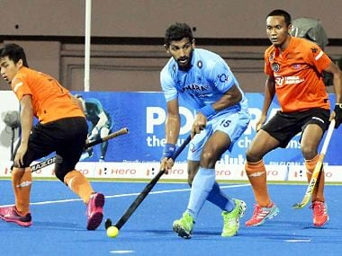 India thrashed Malaysia 6-2 in a second-round clash to take a big step towards qualification of Hockey Asia Cup final. Image courtesy: Twitter @TheHockeyIndia