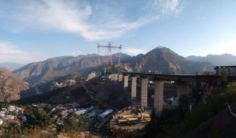 The Chenab bridge is 1,315 metres long and situated 359 metres above the river bed. Image procured by Srinand Jha