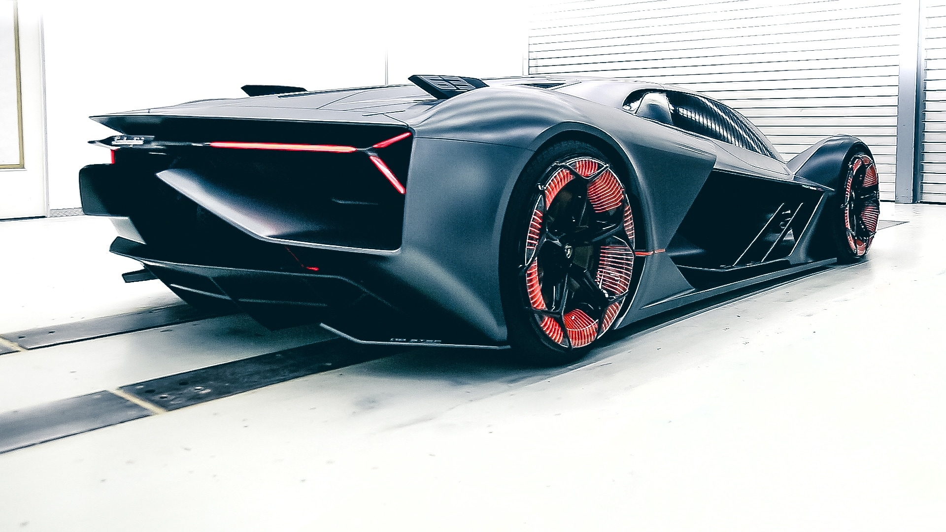The Terzo Millenio's virtual cockpit has a Piloted Driving simulation which takes the driver on a virtual track by a virtual expert. Image Credits Lamborghini