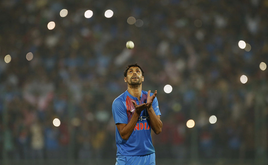 Ashish Nehra retires: From Durban six-for to Karachi final over, a look at pacer's top five spells