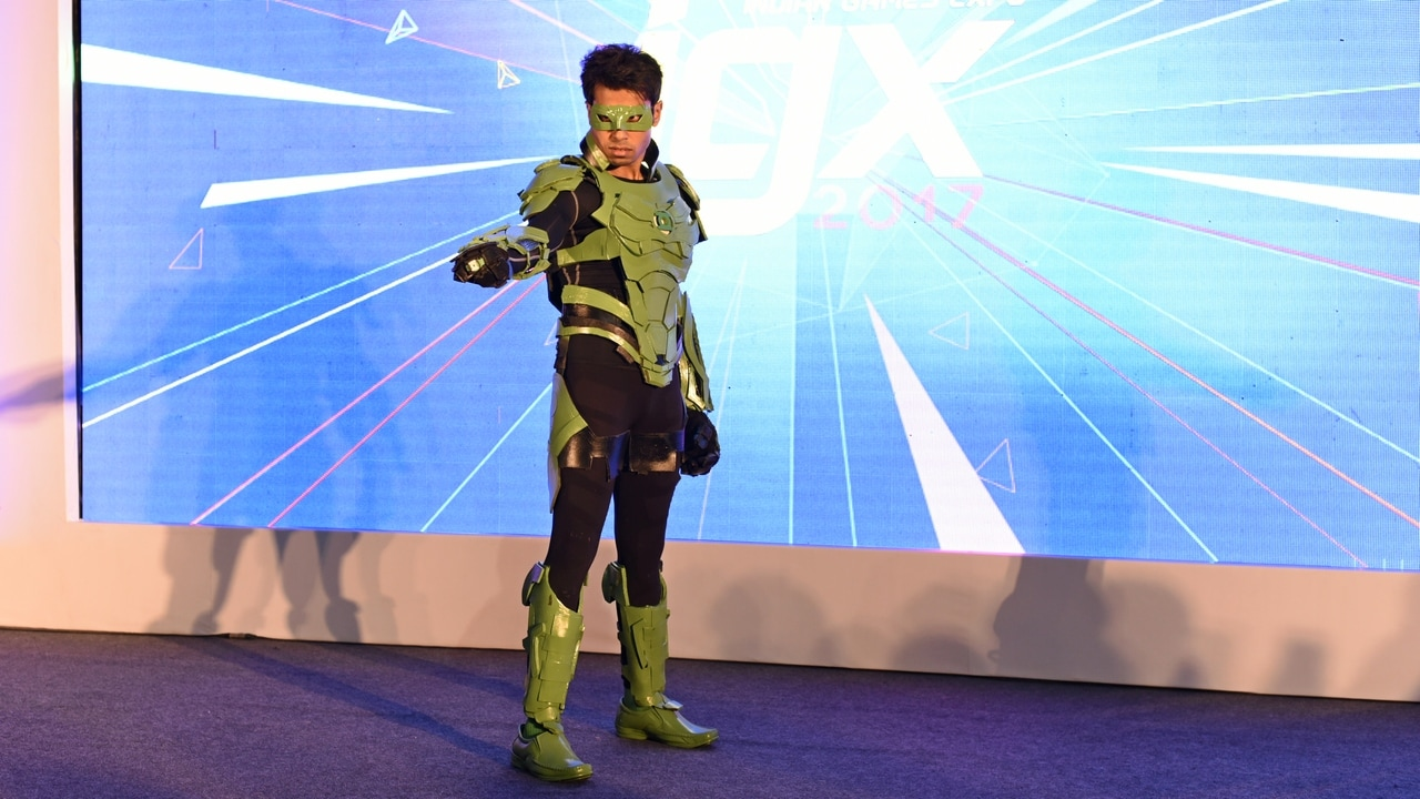 A participant cosplaying Green lantern from Injustice 2. Image: tech2/Rehan Hooda