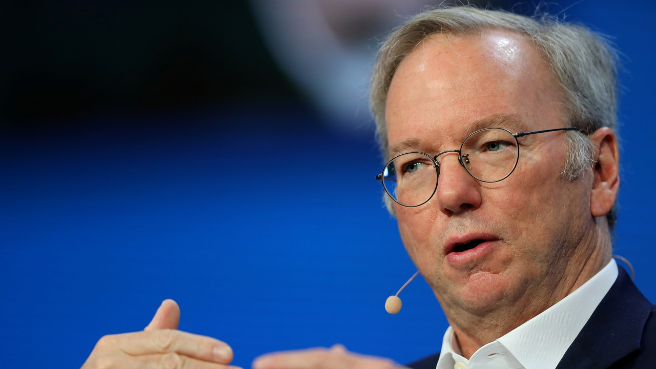 Alphabet's Executive Chairman Eric Schmidt speaks during the Milken Institute Global Conference in Beverly Hills, California, U.S., May 1, 2017. REUTERS/Mike Blake - RC170F0CC040