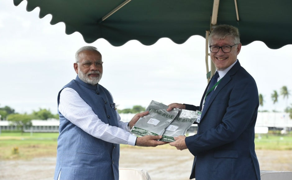 He also visited the International Rice Research Institute (IRRI) in Los Banos, Philippines, where a rice field observatory was named after him called the 'Shri Narendra Modi Resilient Rice Field Laboratory'. Twitter @narendramodi
