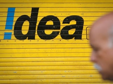 Idea Cellular launches a share sale to raise $546 million before merger with Vodafone