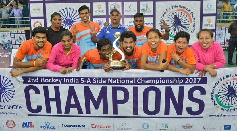 The Maharashtra team emerged victorious after beating Karnataka in the final. Image courtesy: Facebook/Hockey India