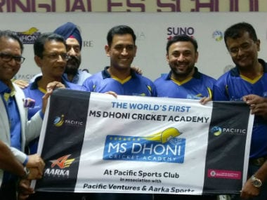 MS Dhoni was later seen sharing tips with young talent during the launch of the academy. Image credit: Twitter/@pacific_club