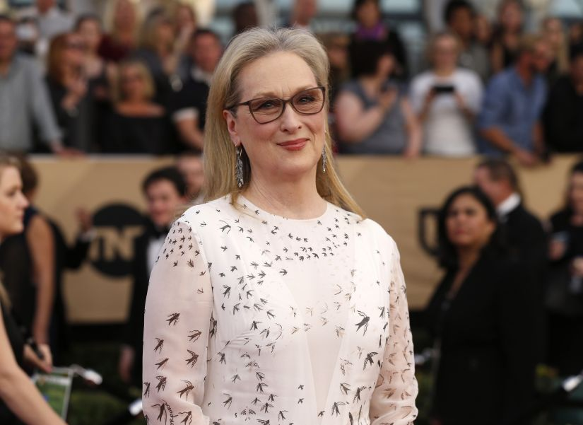 Actress Meryl Streep arrives at the 23rd Screen Actors Guild Awards in Los Angeles, California, U.S., January 29, 2017. REUTERS/Mario Anzuoni - HT1ED1U04C7E9