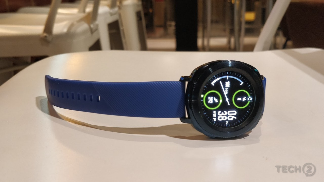 The design and build quality of the bezel and the strap feels premium.
