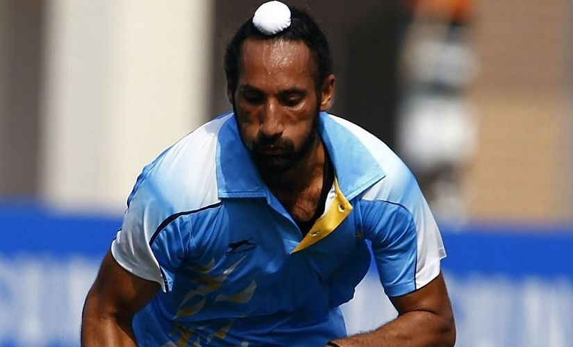 Despite the intense scrutiny about ageing, Sardar's hustle on defence and his deft passing still hold. Reuters