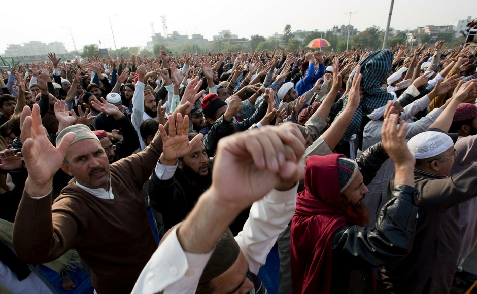 The rally began with a few hundred members of the small radical Tehreek-i-Labaik Ya Rasool Allah party, who had gathered earlier this week at the main Faizabad crossing outside Islamabad. AP