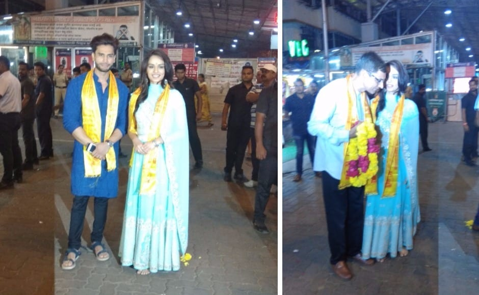 She also posed for photos with her fans and wellwishers. Photo by Sachin Gokhale/Firstpost