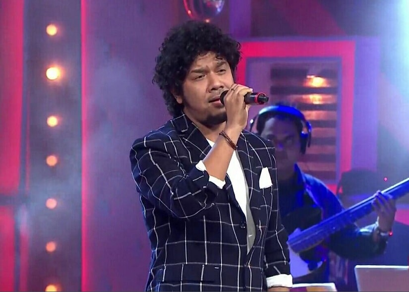 Complaint filed against singer Papon for inappropriately kissing child contestant