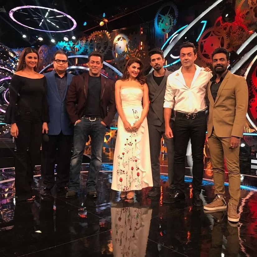 The team of Race 3 on Bigg Boss 11. Image from Twitter/@ColorsTV