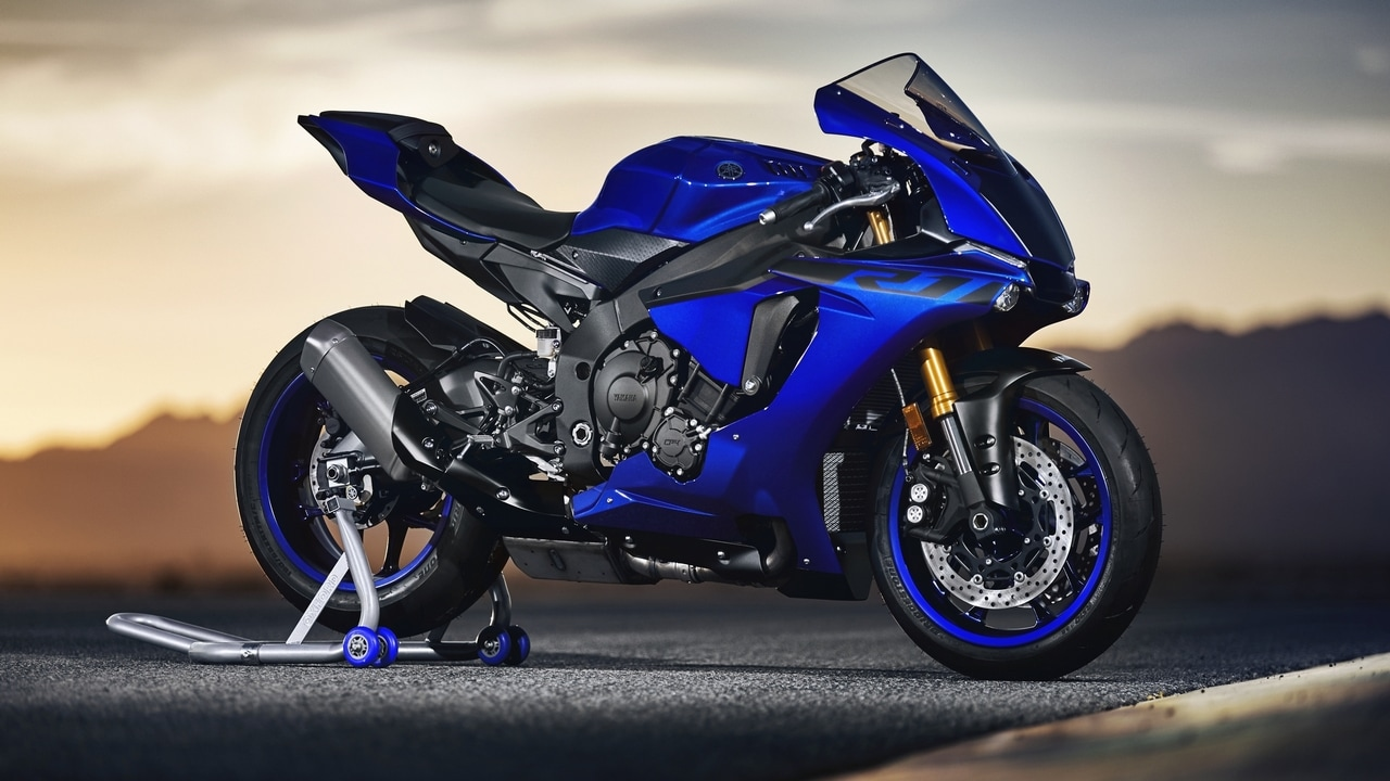 The Yamaha YZF-R1 in pictures — the 2018 edition of the R1 featuring a 998cc 4-cylinder engine