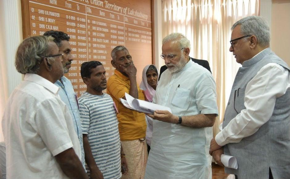 Narendra Modi visits Cyclone Ockhi-hit Kerala, Tamil Nadu and Lakshadweep to review relief operations
