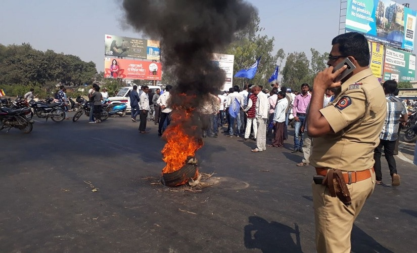 Protests on the Pune-Mumbai Highway. 101Reporters/Gunwanti Paraste