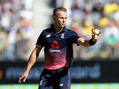 England's Tom Curran prepares to bowl during the one day international cricket match against Australia in Perth, Australia, Sunday, Jan. 28, 2018. (AP Photo/Trevor Collens)