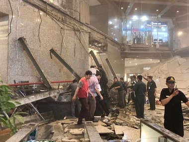 Indonesia: 75 injured as floor at stock exchange collapses, rescue operation underway