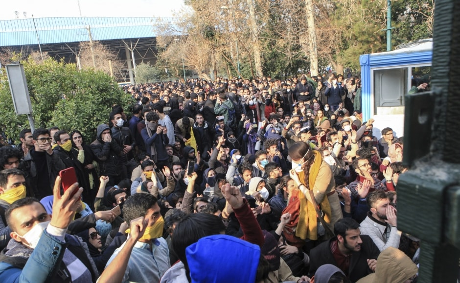 Thousands hit Iran's streets protesting rising inflation and unemployment